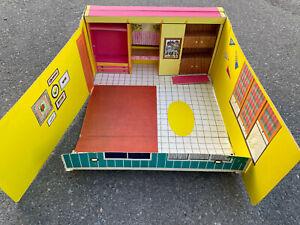 Teenage Fashion Model Real BIG Cardboard Fold Up Barbie Dream House 1961 Mattel