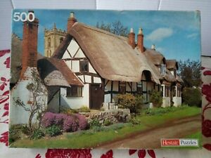 Hestair Jigsaw Puzzle Welford on Avon Warwickshire 500 pce Thatched Cottage