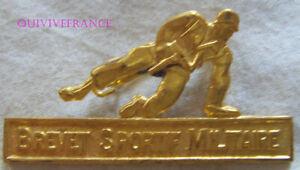 IN17919 - INSIGNE Brevet Sportif Militaire, doré, dos guilloché