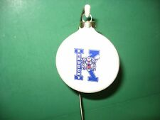 3  INCH UNIV OF KENTUCKY WILDCAT  CERAMIC HANGING  ORNAMENT...MADE IN USA