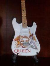 Mini Guitar QUEEN FREDDIE MERCURY Tribute GIFT Memorabilia FREE STAND ART