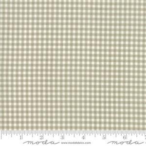 Moda Fabric Snowfall Wovens Plaid Multi Per 1//4 Metre