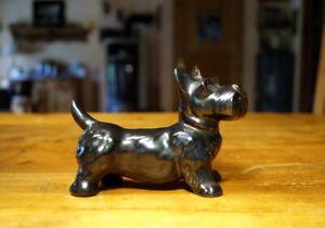 wunderschöne alte Keramikfigur Terrier Hund weiß 13 cm Sammlerstück