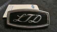 """NOS 1971 1972 FORD GALAXIE LTD COUNTRY SQUIRE """"LTD"""" ROOF SIDE EMBLEM ORNAMENT"""