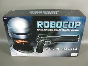 Neca ROBOCOP Beretta M93R Auto-9 Resin Gun Replica Prop Limited Edition 696/1000
