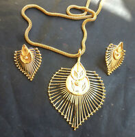 22K Gold Plated Indian 8'' Long Chain Pendant Earrings Indian Designer Set .a
