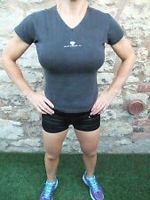 O Neill Board-Babes Black V Neck Stretch SS Tee Shirt ~ Size Small ~ In VGC