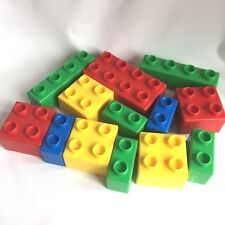 Lego Quatro 13 Piece Lot Toddler First Lego Ages 1 and Up Red Yellow Blue Green