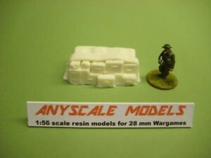 Wargames scenery. Stack of covered weapon crates.1/56 scale. 28mm (840)