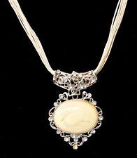 Beautiful Chain Rhinestone Necklace /w White Stone