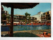 """CAP D'AGDE (34) PISCINE animée de l'HOTEL """"SABLOTEL"""" en 1981"""