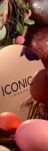 Iconic London Ultimate Bronzing Powder Bronzer New Pick 1 Shade In Box