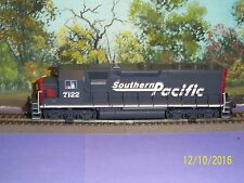 ATLAS HO SCALE #8923 GP-40 SOUTHERN PACIFIC #7122