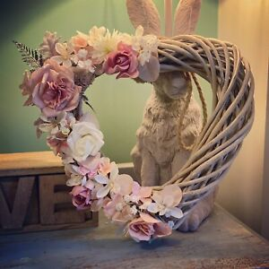 Stunning Heart Shaped Wreath With Light Pink & White Artificial Flowers 33cm 🤍