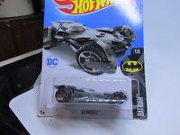 HOT WHEELS 2017 237/365  LC  Batmobile LONG CARD