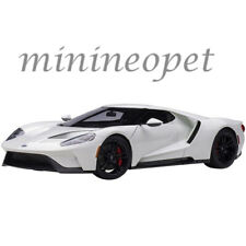 AUTOart 72941 2017 FORD GT 1/18 MODEL CAR FROZEN WHITE
