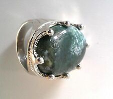 Retro Large Signet Type Ring Moss Green Stone with White Marbleing Size 7.5