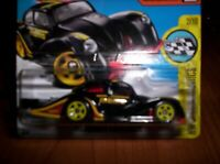 VOLKSWAGEN KAFER RACER - HOT WHEELS - SCALA 1/55