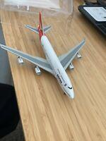 Dragon Wings 1:400 Qantas Boeing 747-400 VH-OJA (55077) Die-Cast Model Plane