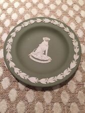 Wedgwood Green Guide Dogs For blind Dish