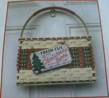 Basket Weaving Pattern Deck the Halls Basket by Debbie Hurd