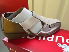 Ladies Gunmetal/Champagne Leather Sandals Size 4