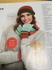 Sassy Strisce Cappello, sciarpa e muffole Knitting Pattern