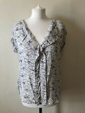 White Stuff Dragonfly Print Blouse Size 8 Work Spring Summer Concealed Buttons