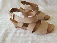 Franco Sarto Dania Beige Wedge Heels Size 8