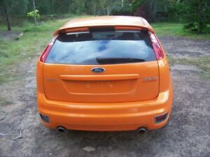 FORD FOCUS XR5 '06 '07 REAR HATCH WITH SPOILER