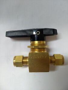 Brass Ball Valve, 1/2 in. Whitey B-45S8 Swagelok Tube Fitting, 1,000 psi,