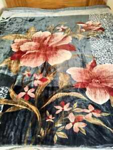 Thick Korean Mink Blanket Super Soft Silky Double Size Woollen Stuff Free Ship