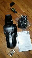 Black & Decker 20V MAX Li-Ion Pivot Hand Vacuum BDH2000PL New