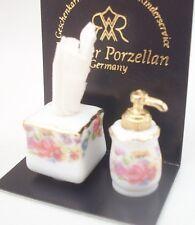Soap Dispenser & Tissue Set 1.911/0 miniature dollhouse 1/12 scale Reutter 2pc