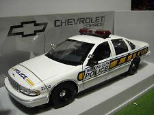 CHEVROLET CAPRICE WATKINS GLEN POLICE CAR 1/18 UT Models 21028 voiture miniature