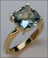 Aquamarine Solitaire Ring in Yellow Gold 14k