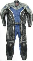 Top DAINESE Defender Gr. 50 Zweiteiler Lederkombi schwarz blau Leather Suit