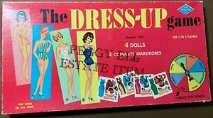 "BUILT-RITE WARREN GAMES ""THE DRESS-UP GAME"" 4 PAPER DOLLS & CLOTHES & SPINNER"