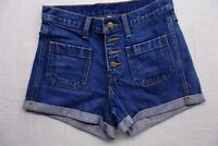 New Levi's Womens #32791 Medium Blue Wash Dual Pocket Denim Jean Shorts Size 27