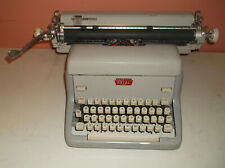 Vintage 1950s Royal Typewriter FPE-16-7239592 Manual Gray