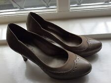 Women Beige Court Shoes Heel Patent Leather Jane Shilton Size 5 38
