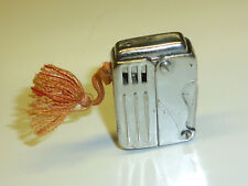 VINTAGE SQUEEZE TRIGGER AUTOMATIC LIGHTER - QUETSCHZÜNDER- MADE IN JAPAN