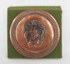 ancienne petite plaque en métal / tête de christ / signé Dubois