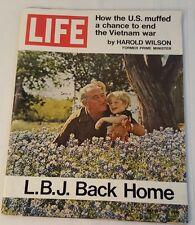 Life Magazine-May 21, 1971-Home with LBJ, Kissinger, Ryan O'Neal, 'Cheeseburger'