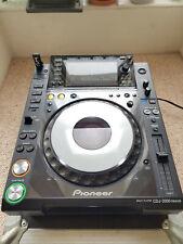 Pioneer CDJ 2000 Nexus (NXS) + Flight Case -- CD / USB player - 700 900 1000 XDJ