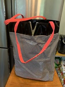 """Victoria Secret Waterproof Large Tote It's All About The V 17""""h X 16""""w Black Whi"""