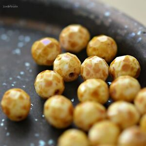 10 Popping Corn - Czech Glass, Opaque White, Speckled Picasso, Round Beads 8mm