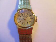 B25: Ladies Vintage Bucherer 17 jewel Watch