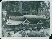 First View Of A Real V-2 rocket In Trafalgar Square.1945 - 8x10 photo