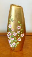 VINTAGE CHINESE VASE PORCELAIN PAINTED ORIENTAL VASE GOLD LACQUER 13 INS TALL